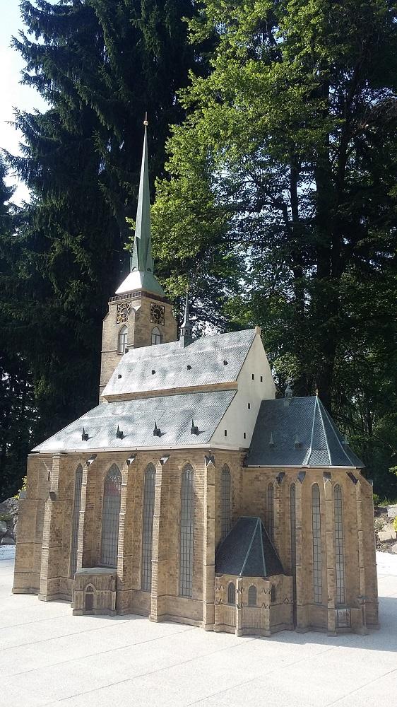 Katedrála sv. Bartoloměje (1)